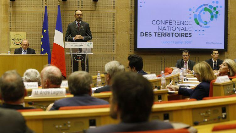 Le Premier ministre, Edouard Philippe, lors du discours d'ouverture de la Conférence des territoires, au Sénat, le 17 juillet 2017 à Paris. (GEOFFROY VAN DER HASSELT / AFP)
