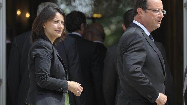 Cécile Duflot, ministre du Logement, et le président François Hollande, le 4 juillet 2012 à l'Elysée. (PHILIPPE WOJAZER / REUTERS)