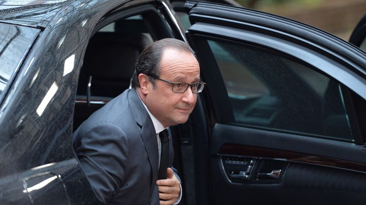 François Hollande, à Bruxelles (Belgique), le 15 octobre 2015. (DURSUN AYDEMIR / ANADOLU AGENCY / AFP)