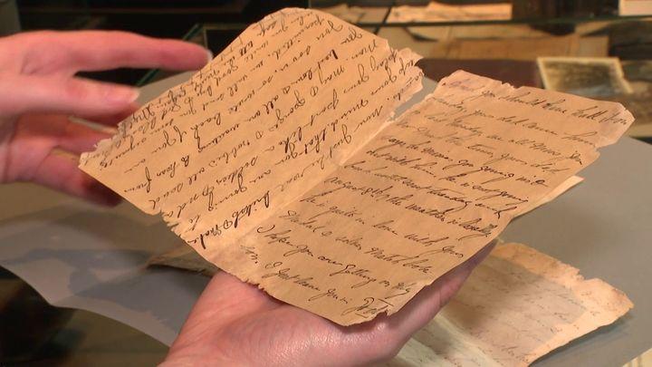 Les lettres ont été confiées au Mémorial 14-18 deNotre-Dame-de-Lorette. (CAPTURE D'ÉCRAN FRANCE 3 / S. BRUHIER)