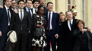 Certains membres de la garde rapprochée d'Emmanuel Macron - ici lors de l'investiture du chef de l'État le 14 mai - devraient faire partie de la nouvelle direction collégiale de la République en Marche. (ALEXANDRE MARCHI / MAXPPP)
