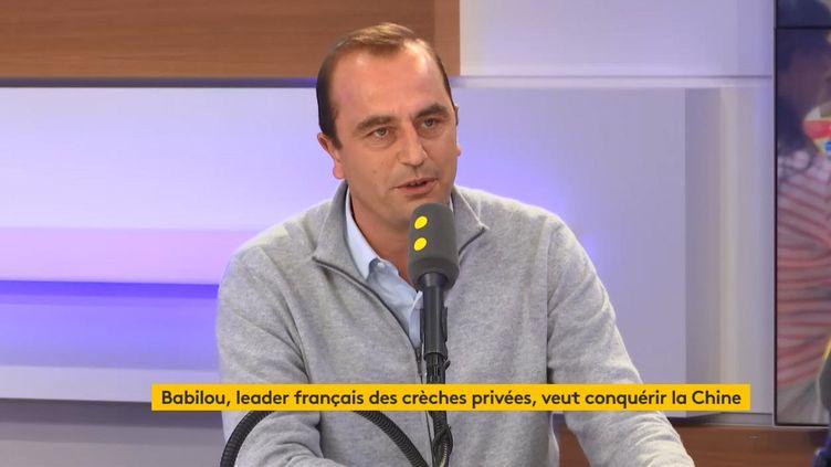 Edouard Carle, cofondateur de Babilou, invité de franceinfovendredi 8 novembre 2019. (FRANCEINFO)