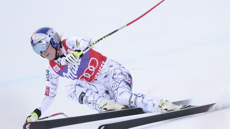 L'Américaine Lindsey Vonn lors de la descente de Zauchensee en Autriche.  (ROBERT JAEGER / APA)