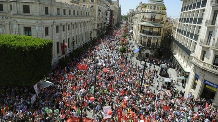 Grève des fonctionnaires à Séville (Andalousie), le 8/06/2010 (AFP/Christina Quicler)