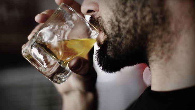 Dans tous les cas, il est indispensable de réaliser un alcootest avant de prendre le volant. (MAXPPP)