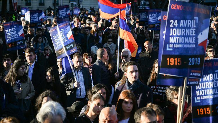 Le 24 avril était commémoré pour la première fois officiellement en France le génocide arménien. Une cérémonie s'est déroulée à l'hôtel de ville de Paris tandis qu'un rassemblement a eu lieu place du Canada (Paris). (ERIC FEFERBERG / AFP)