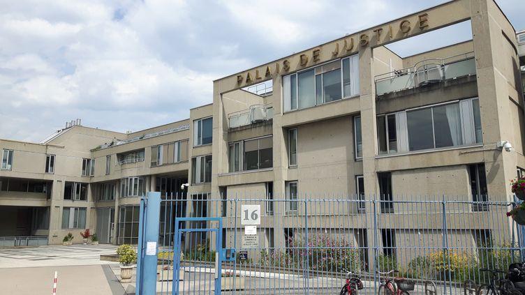 Le palais de justice de Clermont-Ferrand. (OLIVIER VIDAL / RADIOFRANCE)