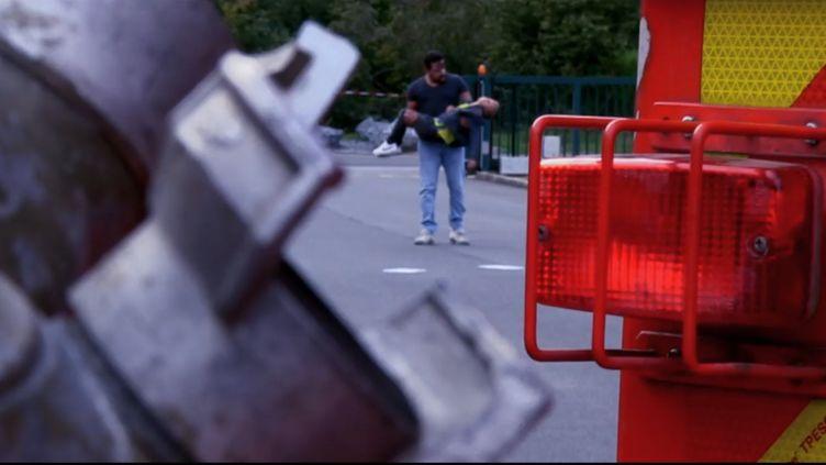 Image d'un clipvidéo postée sur la page Facebook des sapeurs pompiersde l'Ardenne. (FACEBOOK)