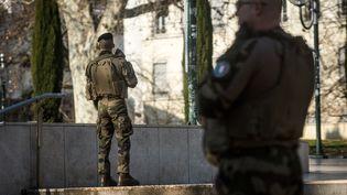 Des soldats de l'opération Sentinelle à Lyon (Rhône), le 27 février 2019. (NICOLAS LIPONNE / NURPHOTO / AFP)