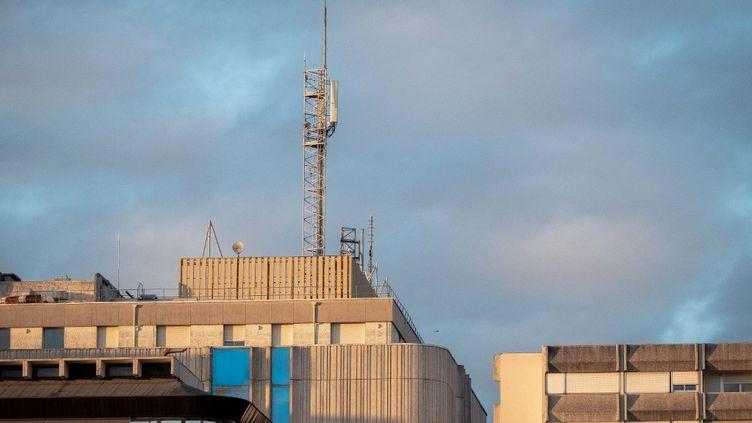 Une antenne 5G déployée à Bordeaux (Aquitaine), en novembre 2020. (VALENTINO BELLONI / HANS LUCAS)