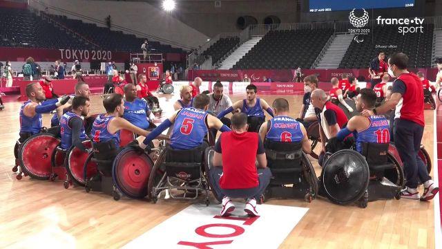 Après 2 défaites, l'équipe de France de rugby fauteuil réagit parfaitement en dominant le Danemark (52-50) au terme d'une rencontre serrée de bout en bout.