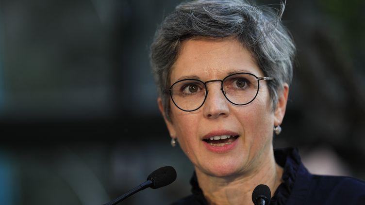 Sandrine Rousseau, candidate à la primaire écologiste, le 19 septembre 2021 à Paris. (SAMEER AL-DOUMY / AFP)