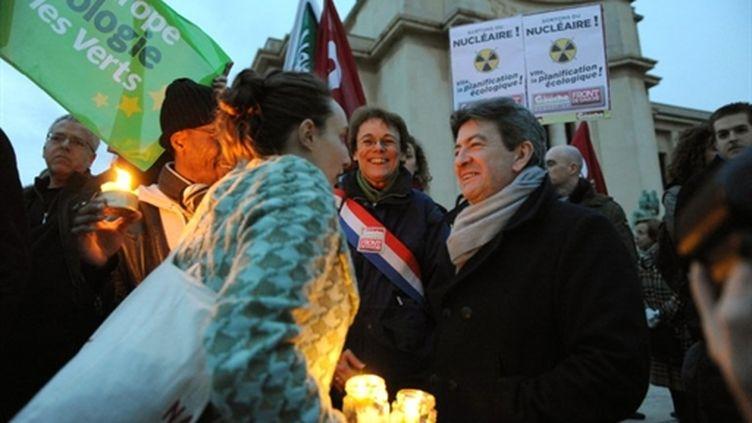 Jean-Luc Mélenchon lors d'une manifestation anti-nucléaire après la catastrophe au Japon (13/3/2011) (AFP/MIGUEL MEDINA)