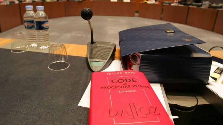 L'affaire Outreau examinée lors de la commission d'enquête parlementaire, à l'Assemblée nationale, à Paris, le 14 mars 2006. (JOEL SAGET / AFP)