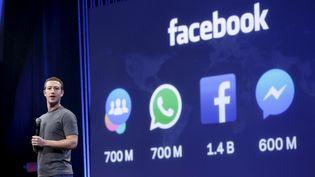 Le président de Facebook, Mark Zuckerberg, lors d'une conférence à San Francisco (Etats-Unis), le 25 mars 2015. (ROBERT GALBRAITH / REUTERS)