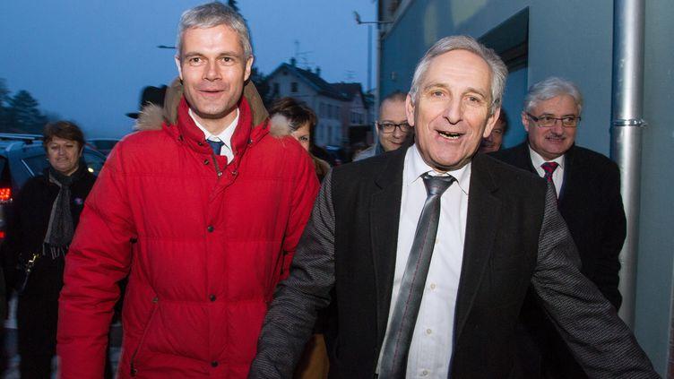 Le secrétaire général de l'UMP, Laurent Wauquiez, est venu soutenir Charles Demouge, candidat dans la 4e circonscription du Doubs, à Audincourt, le 20 janvier 2015. (SEBASTIEN BOZON / AFP)