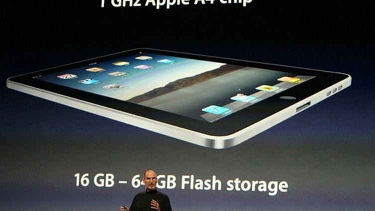 L'iPad présenté par Steve Jobs (AFP/JUSTIN SULLIVAN)