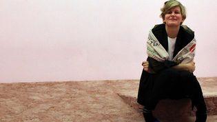 Laure Prouvost au moment de la remise du Turner Prize en décembre 2013.  (P.Muhly / AFP)