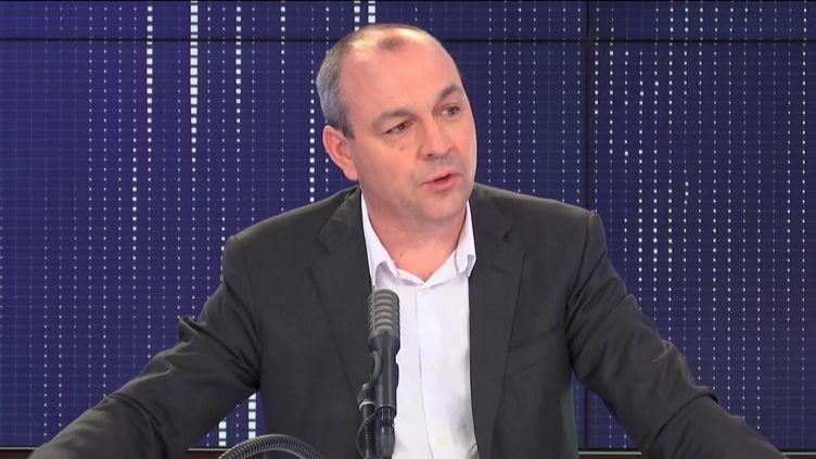 """Laurent Berger, secrétaire général de la CFDT, invité du """"8h30 franceinfo"""", mardi 2 juin 2020. (FRANCEINFO / RADIOFRANCE)"""
