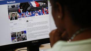 Nicolas Sarkozy a publié un message sur Facebook vendredi 19 septembre pour annoncer sa candidature à la présidence de l'UMP. (THOMAS SAMSON / AFP)