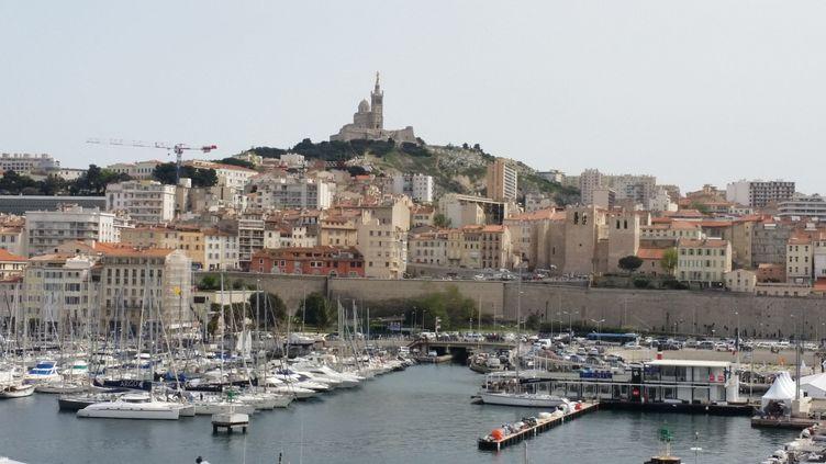 Le Vieux-Port, à Marseille, dans les Bouches-du-Rhône. (VANESSA DESCOURAUX / FRANCE-INTER)