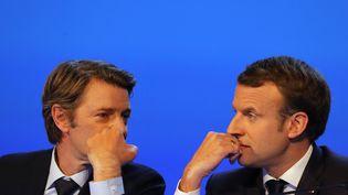 François Baroin et Emmanuel Macron au congrès des maires de France, le 23 novembre 2017. (LUDOVIC MARIN / AFP)