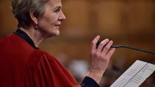 La procureure du parquet national financier, Eliane Houlette, le 23 janvier 2017 au Tribunal de grande instance de Paris. (CHRISTOPHE ARCHAMBAULT / AFP)