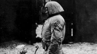 (détail)Paul Wegener, Le Golem, comment il vint au monde, 1920.  (Deutsche Kinemathek, Berlin © succession Paul Wegener)