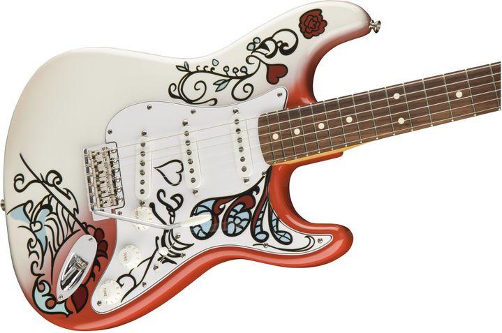 La réplique fabriquée par Fender, sortie le 15 août 2017  (Fender)