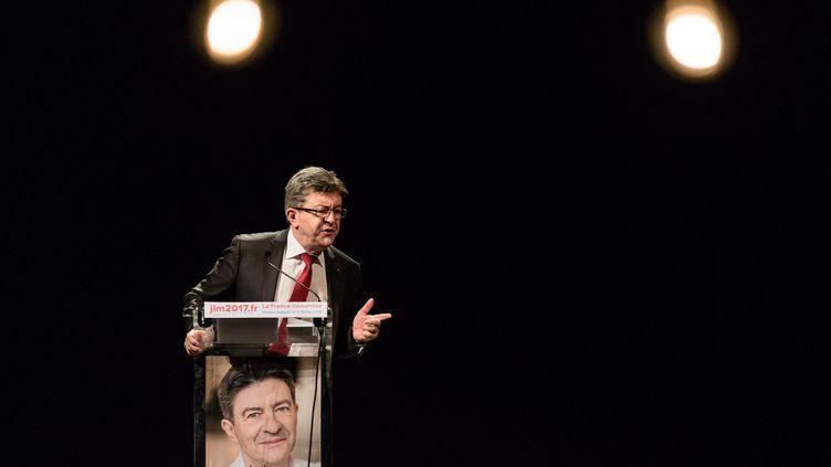 """Conférence publique et presentation du livre """"L'ère du peuple"""", du nom de l'association créée par Jean-Luc Mélenchon, leader du Front de Gauche, au théâtreJezabet, le 15 février 2016. (MAXPPP)"""