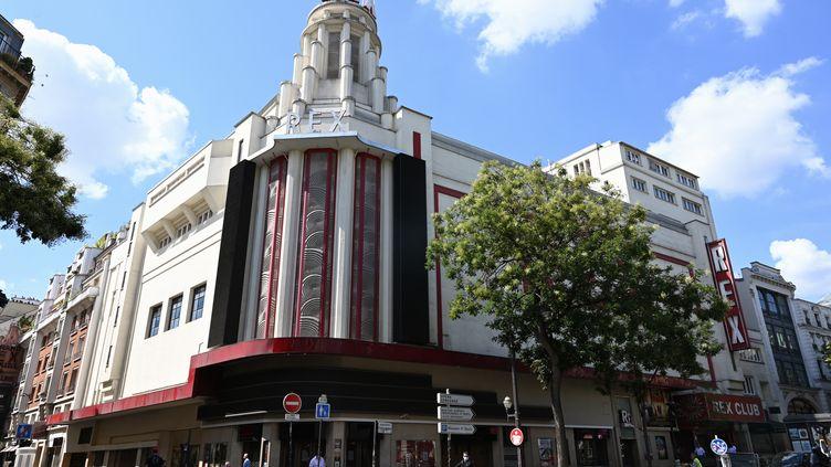 Le cinéma Le Grand Rex,à Paris, a fermé pendant plusieurs semaines en août car la fréquentation des salles était trop faible, le 4 août 2020. (BERTRAND GUAY / AFP)