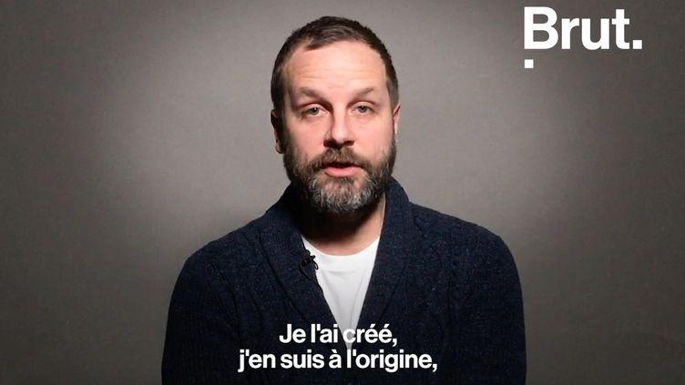 """À l'origine du logo """"Je suis Charlie"""", Joachim Roncin a très vite été dépassé par le succès de son slogan. Brut l'a rencontré. (BRUT)"""