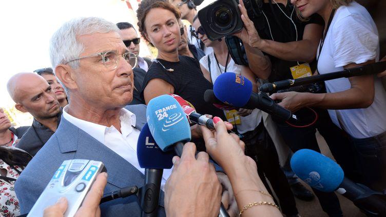 Claude Bartolone face à la presse lors de l'université d'été du Parti socialiste à La Rochelle (Charente-Maritime), le 28 août 2015. (MEHDI FEDOUACH / AFP)