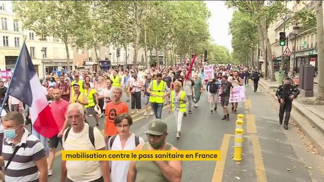 Manifestations anti-pass sanitaire : une nouvelle journée de mobilisation, 161 000 personnes rassemblées selon les autorités