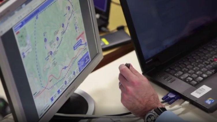 Le système de cartographie de crise présenté dans une vidéodiffusée parla gendarmerie, en 2017. (GENDARMERIE NATIONALE)