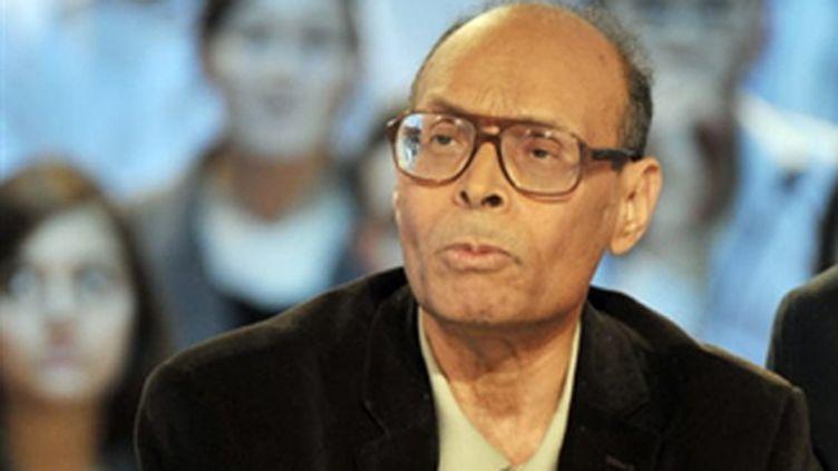 Moncef Marzouki, opposant historique à Ben Ali, sur le plateau de Canal+ le 17 janvier 2011 (AFP/Boris HORVAT)