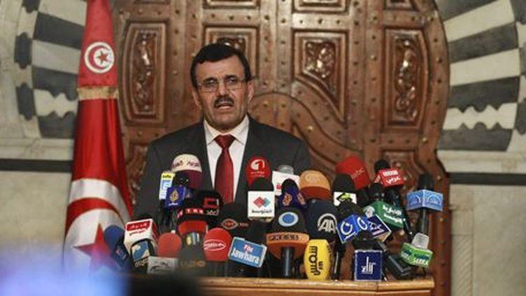 Le Premier ministre tunisien, Ali Larayedh, pendant une conférence de presse à Tunis le 23-10-2013. (Reuters - Zoubeir Souissi)