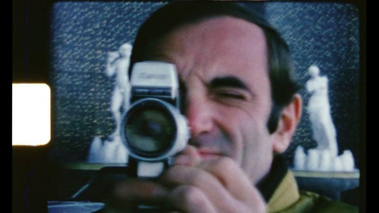 """Extrait du film-documentaire """"Le regard de Charles"""". (REZO FILMS)"""