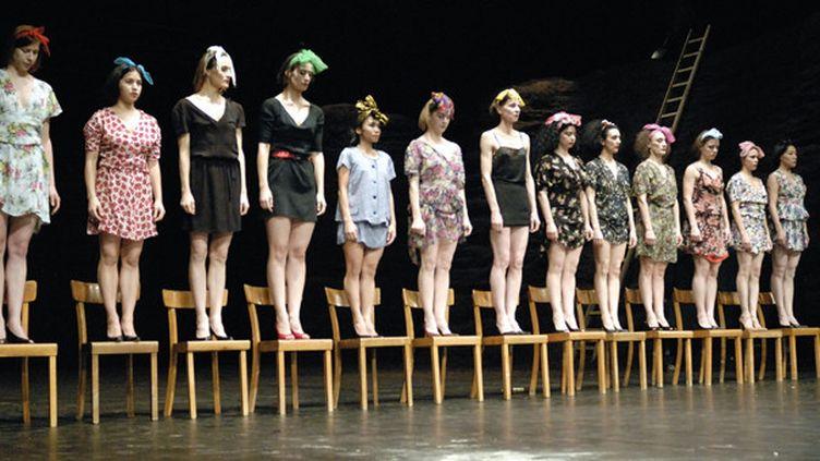 (Viktor Tanztheater Wuppertal Pina Bausch ©SCHINKEL)