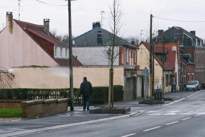 La silhouette de Laurent Serubuga, à Cambrai (Nord), le 28 janvier 2014. (GAEL COGNE / FRANCETV INFO)
