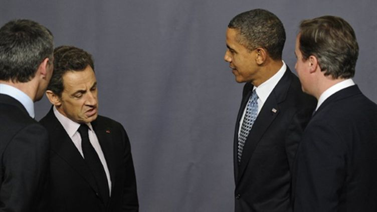 Nicolas Sarkozy, Barack Obama et David Cameron le 19 novembre 2010 à Lisbonne (AFP / Pierre-Philippe Marcou)