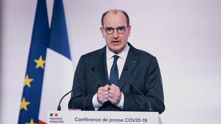 Le premier ministre Jean Castex lors d'une conférence de presse sur l'épidémie de Covid-19, le 22 avril 2021 à Paris (France). (CHRISTOPHE MICHEL / AFP)