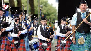 Musiciens irlandais lorsde la parade de la 43e édition du festival Interceltique de Lorient  (FRED TANNEAU / AFP)