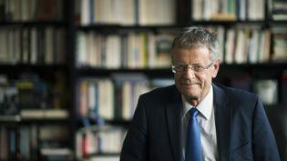 Le directeur de l'institut de relations internationales et stratégiques (IRIS), Pascal Boniface à Paris, le 20 mars 2015. (MARTIN BUREAU / AFP)