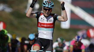 Le Belge Jan Bakelants a remporté la deuxième étape du Tour de France, le 30 juin 2013 à Ajaccio, en Corse. (JEFF PACHOUD / AFP)