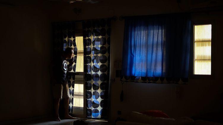Un expatrié européen bloqué dans la ville de Niamey au Niger durant l'épidémie de coronavirus, le 3 avril 2020 (photo d'illustration). (NICOLAS REMENE / LE PICTORIUM / MAXPPP)
