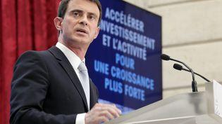 Le Premier ministre, Manuel Valls, lors de la présentation d'un plan pour l'investissement, mercredi 8 avril 2015, à l'Elysée. (PHILIPPE WOJAZER / AFP)