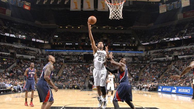 Tim Duncan (San Antonio Spurs) (D. CLARKE EVANS / NBAE / GETTY IMAGES)
