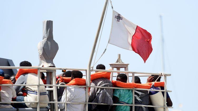 Des migrants secourus par la marine maltaise en juillet 2019. (CHINE NOUVELLE/SIPA / XINHUA)