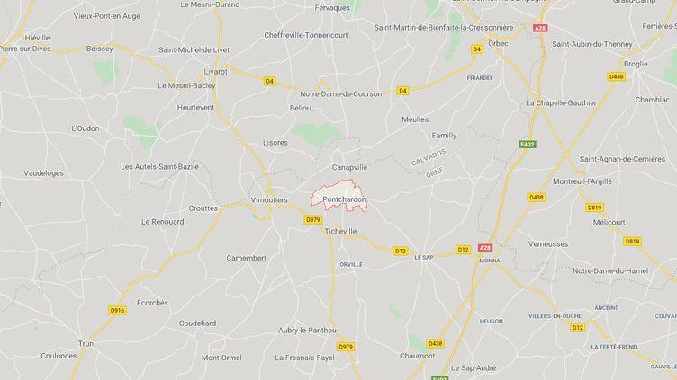Huit cadavres d'animaux ont été décourts dans un champ de Pontchardon, dans l'Orne. (GOOGLE MAPS)